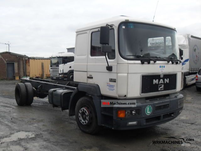 1997 MAN F 2000 19.293 Truck over 7.5t Chassis photo