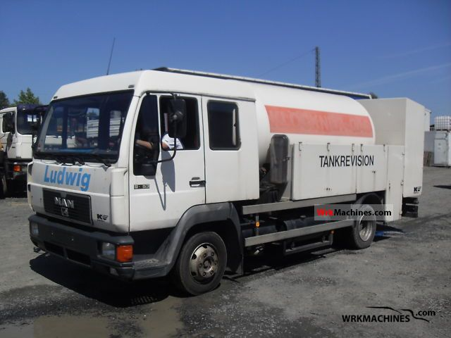 1994 MAN L 2000 8.153 Van or truck up to 7.5t Tank body photo