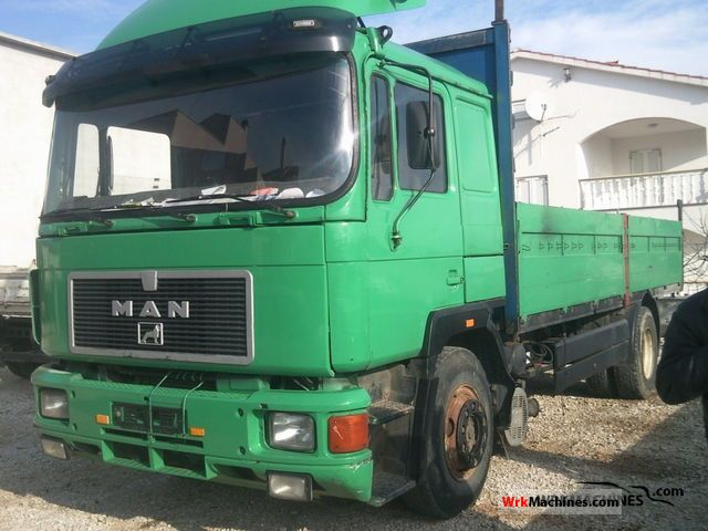 1992 MAN F 90 19.422 Truck over 7.5t Stake body photo