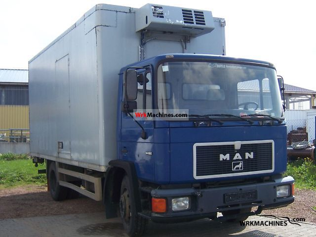 1991 MAN M 90 14.192 Truck over 7.5t Refrigerator body photo