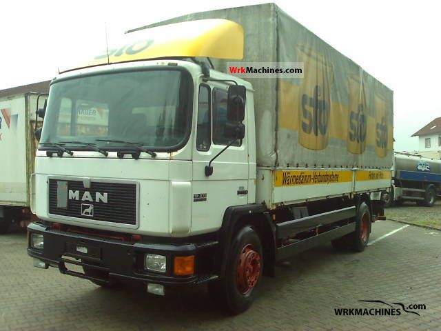 1995 MAN M 90 18.272 Truck over 7.5t Stake body and tarpaulin photo