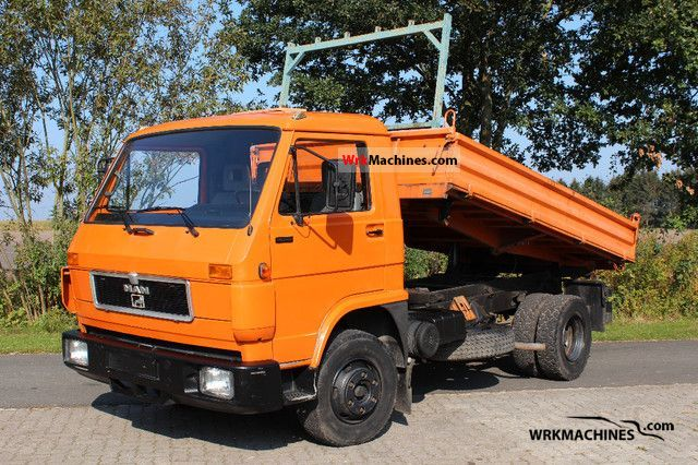 1992 MAN G 90 10.150 Truck over 7.5t Three-sided Tipper photo