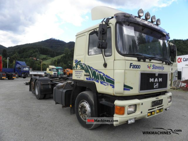 1996 MAN LION´S STAR 422 Truck over 7.5t Stake body photo