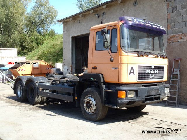 1992 MAN F 90 25.272 Truck over 7.5t Chassis photo