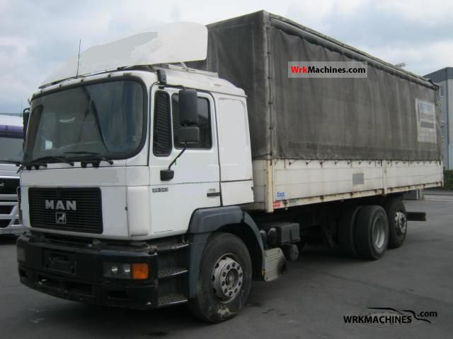 1995 MAN F 2000 26.343 Truck over 7.5t Stake body and tarpaulin photo