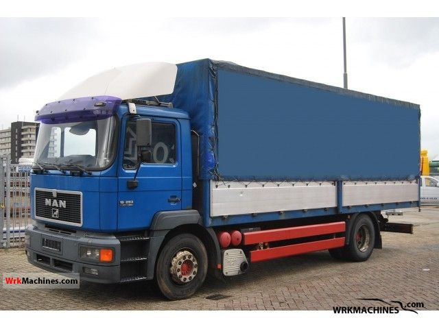 1999 MAN F 2000 19.293 Truck over 7.5t Stake body and tarpaulin photo