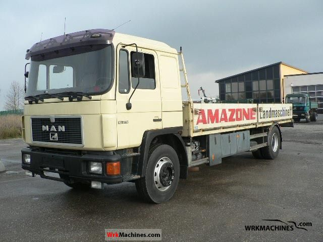 1992 MAN F 90 19.272 Truck over 7.5t Stake body photo