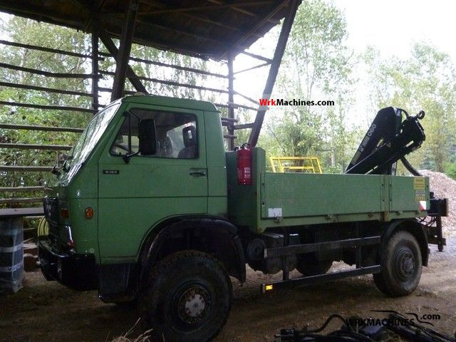 1993 MAN G 90 8.150 Van or truck up to 7.5t Stake body photo