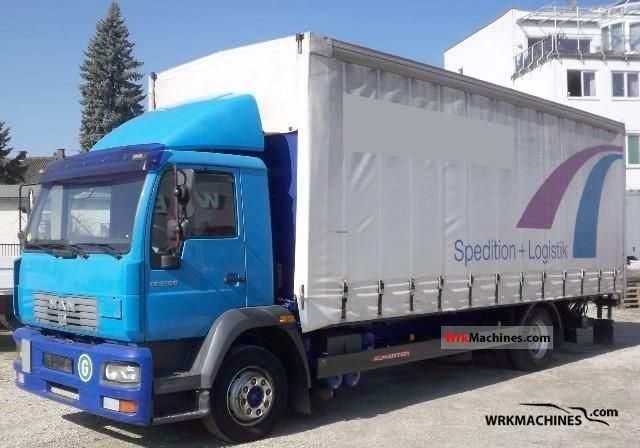 2001 MAN L 2000 220 Truck over 7.5t Stake body and tarpaulin photo