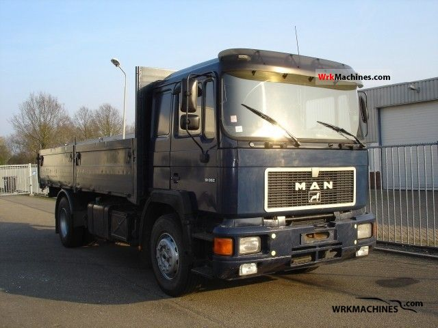 1988 MAN F 90 19.362 Truck over 7.5t Stake body photo