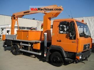 1995 MAN L 2000 8.103 Van or truck up to 7.5t Hydraulic work platform photo
