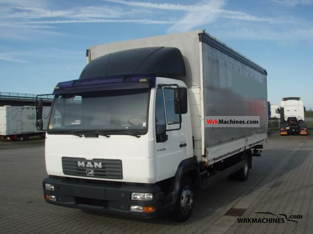 2005 MAN L 2000 8.150 Van or truck up to 7.5t Stake body and tarpaulin photo