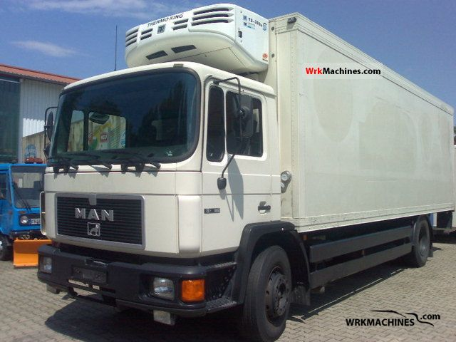 1995 MAN EL 222 Truck over 7.5t Refrigerator body photo
