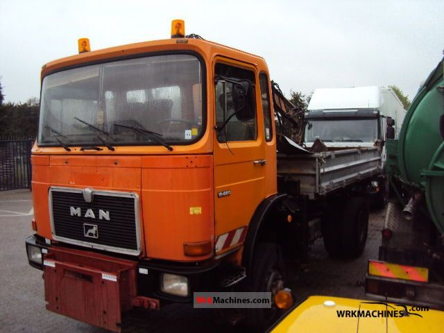 1988 MAN SG 240 Truck over 7.5t Three-sided Tipper photo