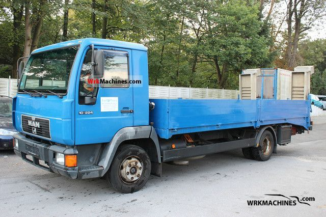 1997 MAN L 2000 10.224 Truck over 7.5t Car carrier photo
