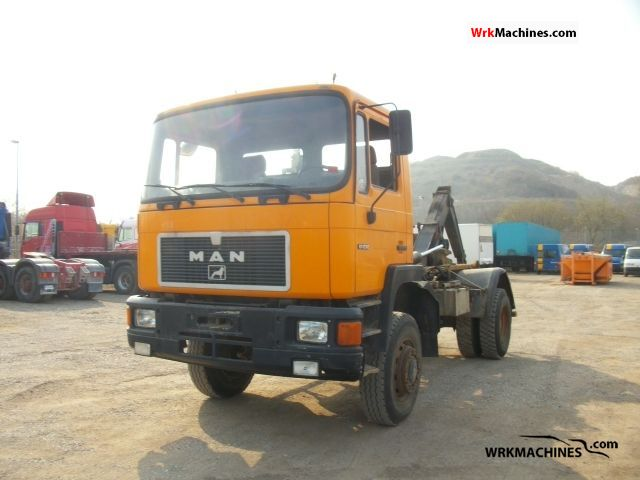 1992 MAN M 90 17.232 FAK Truck over 7.5t Roll-off tipper photo