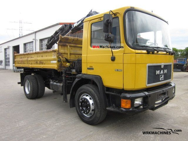 1992 MAN M 90 18.192 Truck over 7.5t Three-sided Tipper photo