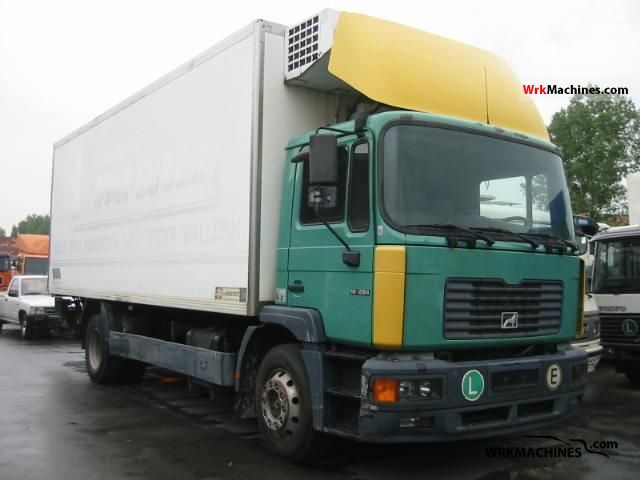 1999 MAN M 2000 M 18.284 MLC Truck over 7.5t Refrigerator body photo