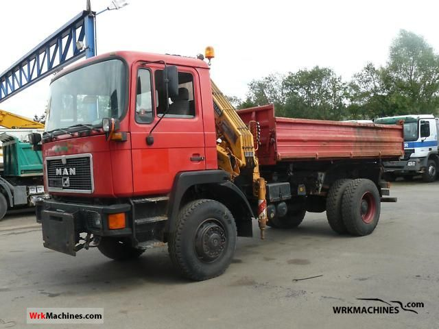 1992 MAN M 90 17.232 Truck over 7.5t Truck-mounted crane photo