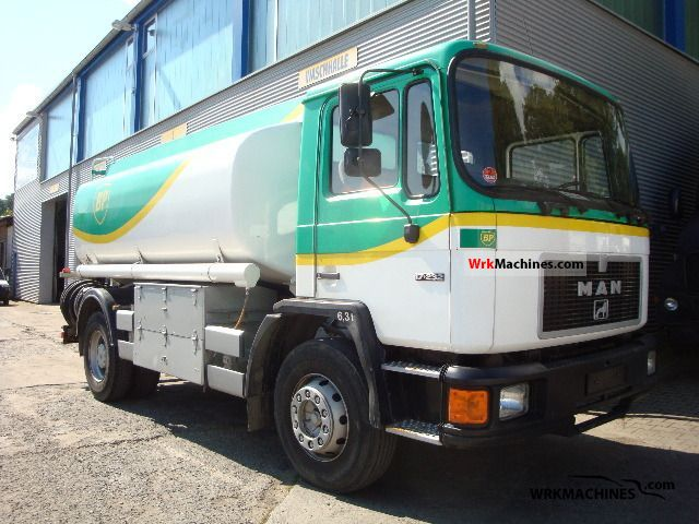 1988 MAN M 90 17.232 Truck over 7.5t Tank truck photo
