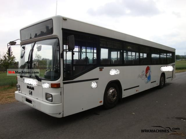 1998 MAN EM 222 Coach Public service vehicle photo