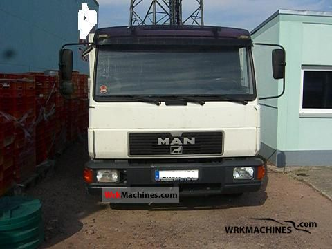 1999 MAN L 2000 10.224 Truck over 7.5t Stake body photo