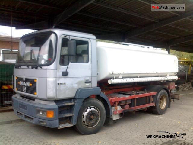 1995 MAN NM 182 Truck over 7.5t Tank truck photo