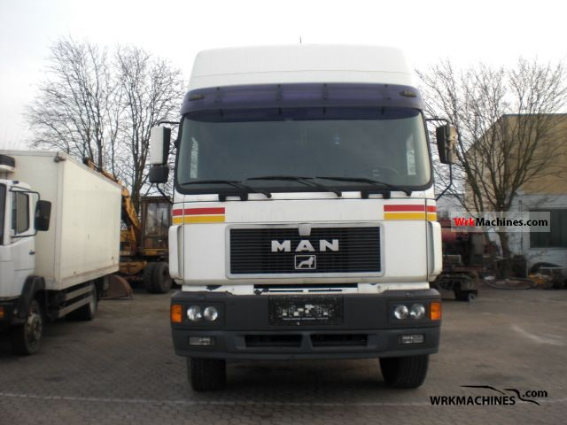 1998 MAN F 2000 26.463 Truck over 7.5t Stake body photo