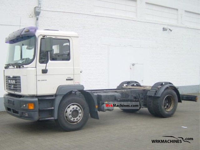 2001 MAN M 2000 L 280 Truck over 7.5t Chassis photo