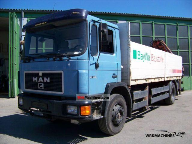 1995 MAN M 90 18.262 Truck over 7.5t Truck-mounted crane photo