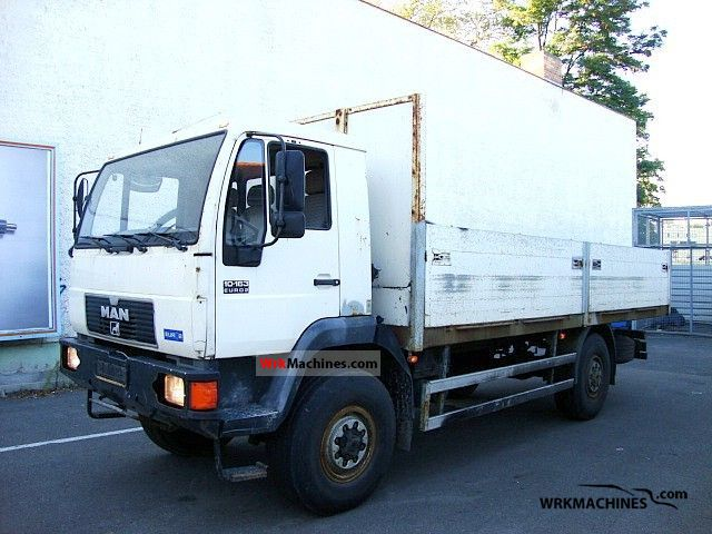 1995 MAN L 2000 10.163 Truck over 7.5t Stake body photo