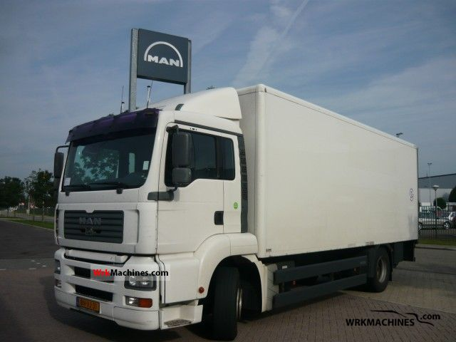 2003 MAN LIONS COMFORT 313 Truck over 7.5t Box photo