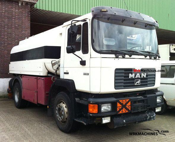 1993 MAN F 90 19.372 Truck over 7.5t Tank truck photo