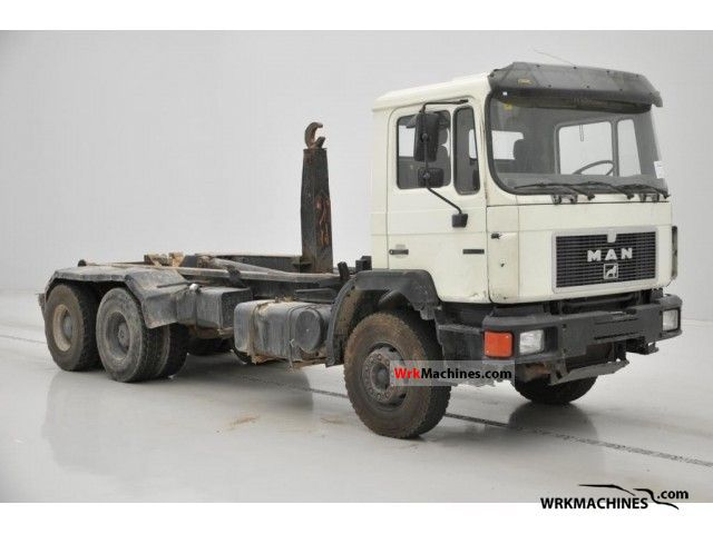 1991 MAN F 90 33.322 Truck over 7.5t Roll-off tipper photo