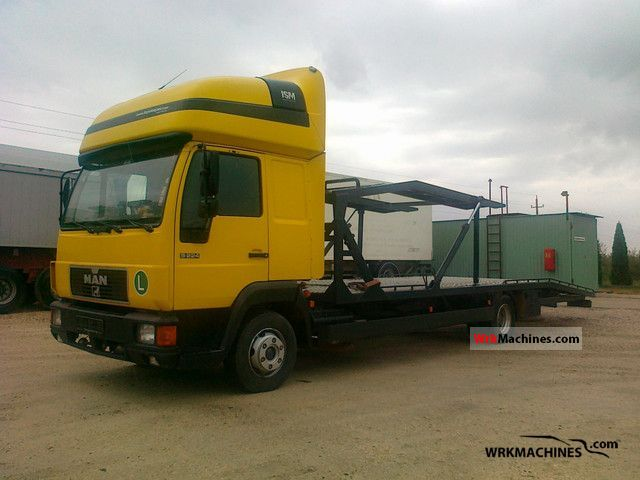 2001 MAN L 2000 9.224 Truck over 7.5t Car carrier photo