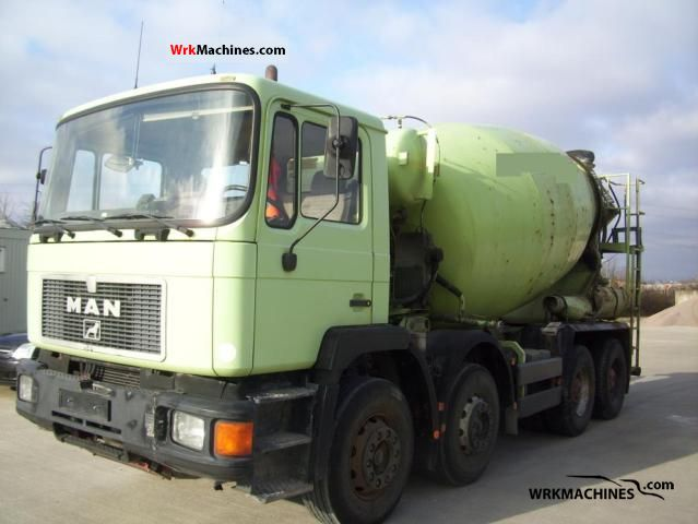 1995 MAN F 90 32.272 Truck over 7.5t Cement mixer photo