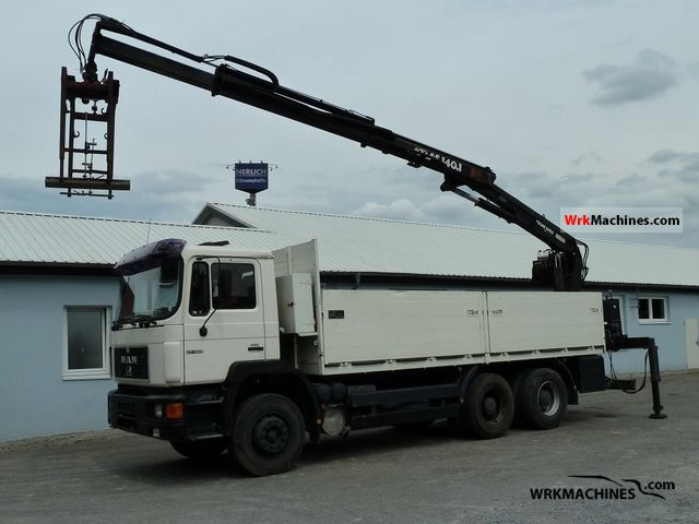 1995 MAN SG 322 Truck over 7.5t Stake body photo