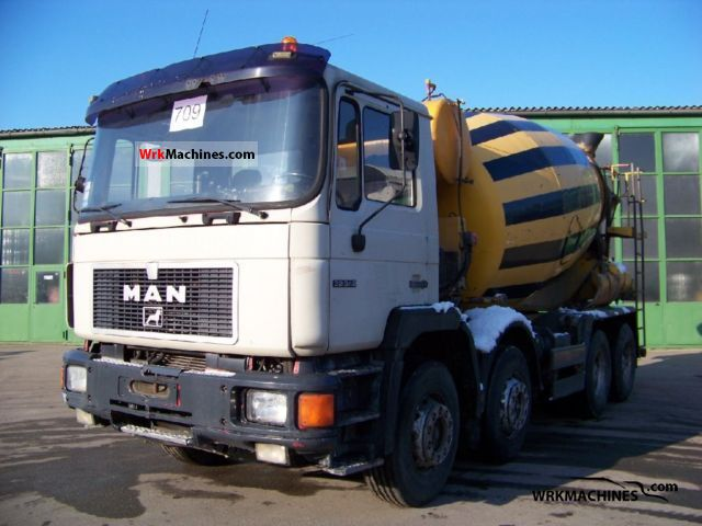 1995 MAN F 90 32.342 Truck over 7.5t Cement mixer photo