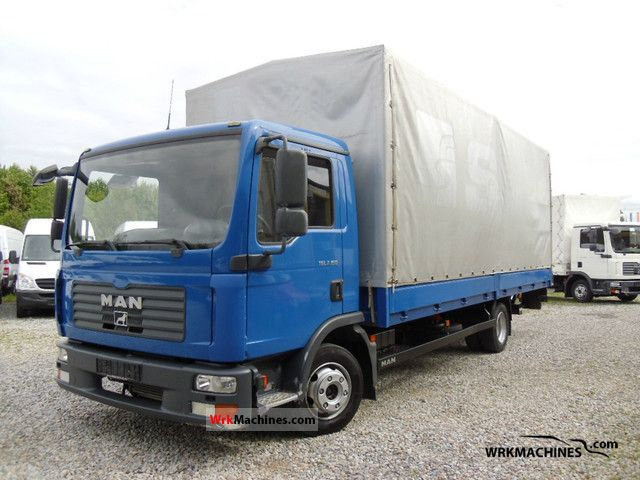 2007 MAN TGL 7.150 Van or truck up to 7.5t Stake body and tarpaulin photo