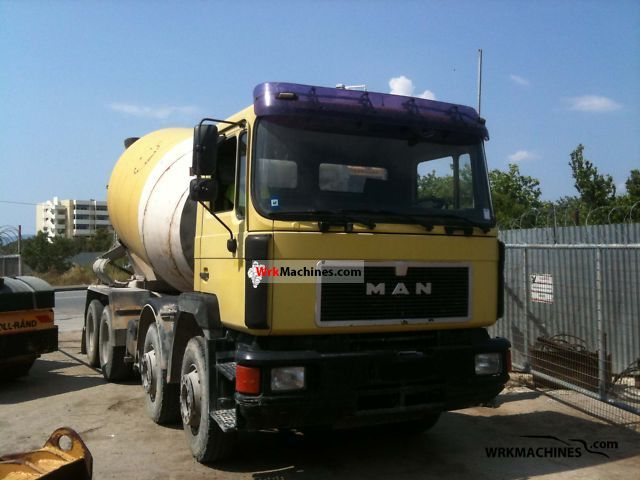 1991 MAN F 90 41.372 Truck over 7.5t Cement mixer photo