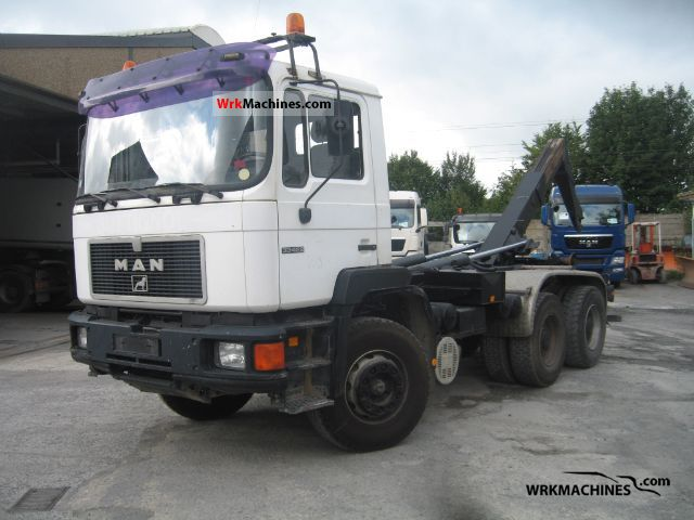1994 MAN F 90 33.422 Truck over 7.5t Roll-off tipper photo