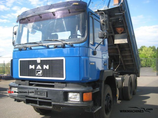 1990 MAN F 90 26.302 Truck over 7.5t Three-sided Tipper photo