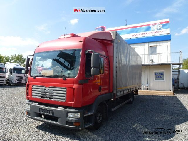 2005 MAN TGL 12.240 Truck over 7.5t Stake body and tarpaulin photo