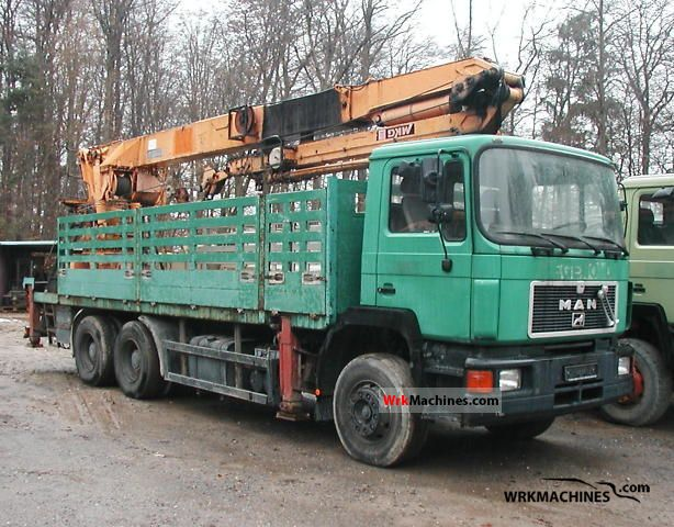 1992 MAN F 90 26.372 Truck over 7.5t Truck-mounted crane photo