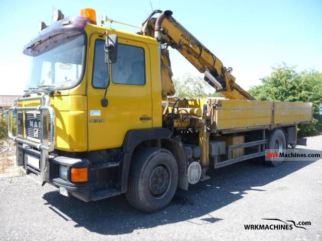 1993 MAN F 90 19.372 FL Truck over 7.5t Stake body photo