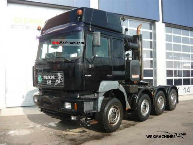 2001 MAN LION´S STAR 414 Semi-trailer truck Standard tractor/trailer unit photo