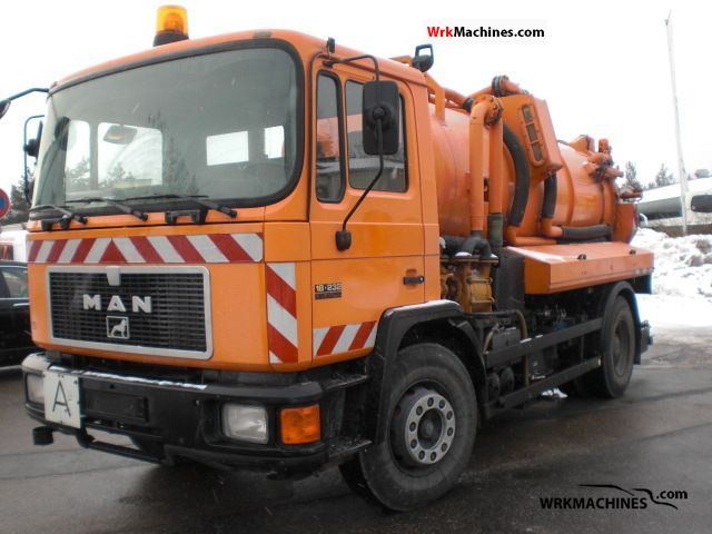 1994 MAN M 90 18.232 Truck over 7.5t Vacuum and pressure vehicle photo