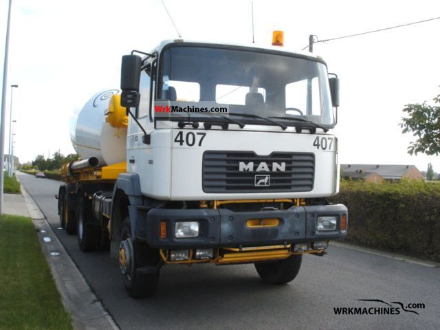 2000 MAN F 2000 19.414 Truck over 7.5t Cement mixer photo