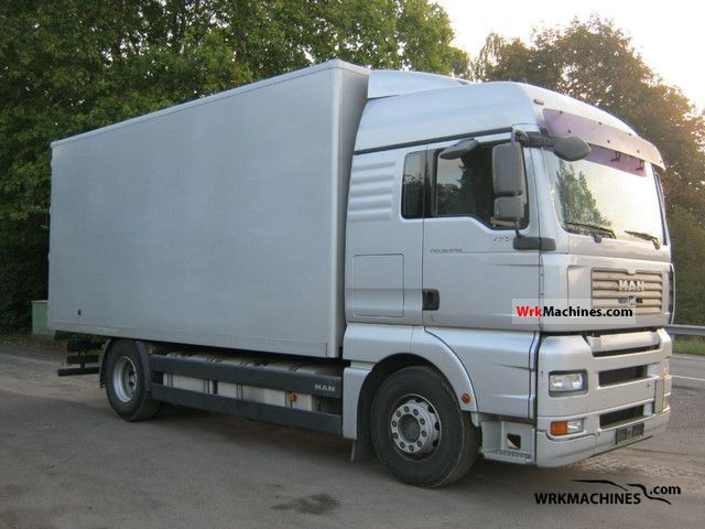 2008 MAN TGA 18.440 Truck over 7.5t Box photo