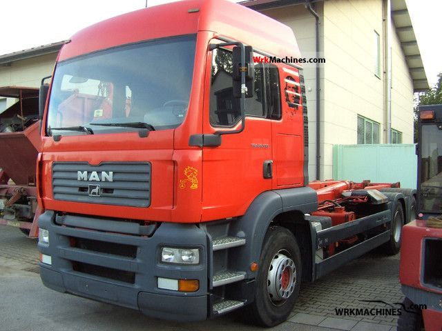 2005 MAN TGA 28.530 Truck over 7.5t Roll-off tipper photo